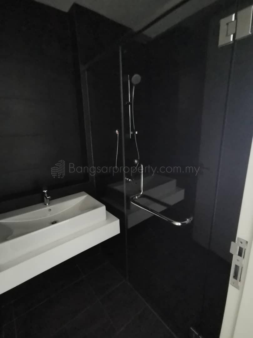 Novum, Bangsar South 823sqft Partly Furnished For Sale ID#010